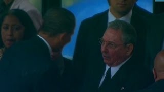 Download Obama shakes Raul Castro's hand Video