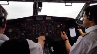 Download Boeing B727 takeoff from cockpit and landing from the rear Video