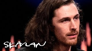 Download Hozier shares thoughts on his Quaker upbringing | SVT/TV 2/Skavlan Video