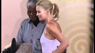 Download Nelson Mandela meets Charlize Theron Video