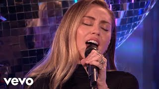 Download Mark Ronson - Nothing Breaks Like A Heart in the Live Lounge ft. Miley Cyrus Video