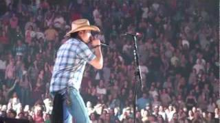 Download Jason Aldean - She's Country Live in Concert NC (HD) Video
