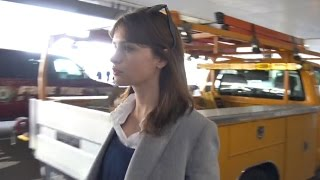 Download 'Rogue One' Star Felicity Jones Goes Casual Arriving In L.A. Video