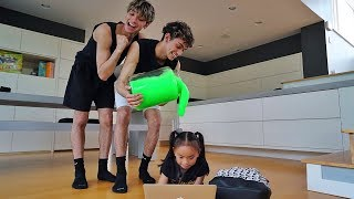 Download SLIME PRANK ON LITTLE SISTER! Video