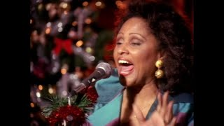 Download Darlene Love - All Alone On Christmas Video
