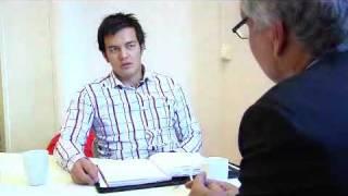 Download Veien til drømmejobben, går gjennom et vel gjennomført jobbintervju. Vi gir deg tipsene! Video
