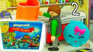 Download Playmobil Holiday Christmas Advent Calendar - Toy Surprise Blind Bags Day 2 Video