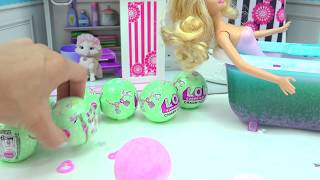 Download Barbie Takes Water Bath with LOL Surprise Charm Fizz Fizzy Bomb Blind Bag Balls Video