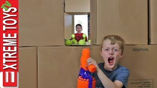Download Attack the Castle! Ethan Vs. Cole Nerf Box Fort Battle! Part 2 Video
