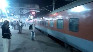 Download Mughal Sarai JN: All the big boys at night Video