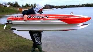 Download GIGANTIC POWERFUL RC POWERBOAT SPEEDBOAT HPR-233 130 KMH BRUTAL SPEED 25000 WATT Video