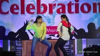 Download College Day 2K16    JNTUK Kakinada    CSE    Anjani & Sowmya Dance Performance Video