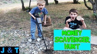 Download MONEY SCAVENGER HUNT WITH METAL DETECTOR / Jake and Ty Video