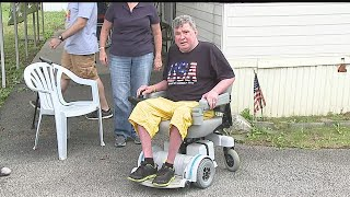 Download Boardman vet overcome with emotion after stolen wheelchair replaced Video