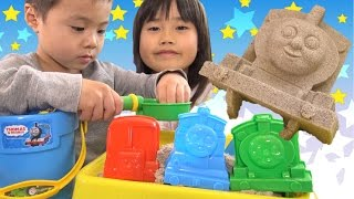 Download トーマス おもちゃ キネティックサンド 砂遊び Thomas And Friendstoy Kinetic Sand Toy Video