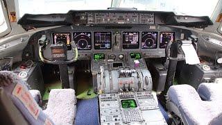Download マクドネル・ダグラス MD-11F 着陸コクピットビュー 香港国際空港 Video
