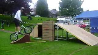 Download Danny Macaskill and The Clan In Aberfeldy 2009 Video