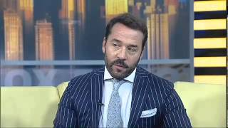 Download Jeremy Piven as Ari Gold, author of 'The Gold Standard' Video