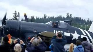 Download FG-1D Corsair at Paine Field May 2016 Video