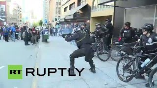 Download USA: Anarchists and police clash during May Day protest in Seattle, 9 arrested Video