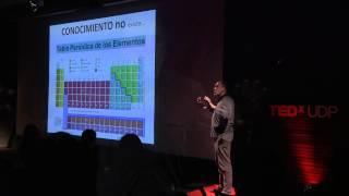 Download Eres Más Inteligente que la Empresa para la que Trabajas | Javier Martínez | TEDxUDP Video