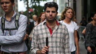 Download A Blind Syrian Refugee Finds His Way in New York | 360 Video Video