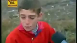 Download kuş avlayan çocuklara müthiş şaka gülmekten yıkılacaksınız :D baykuş çocukları korkutuyor Video