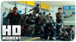 Download Спасение от толпы зомби на станции - Поезд в Пусан (2016) - Момент из фильма Video