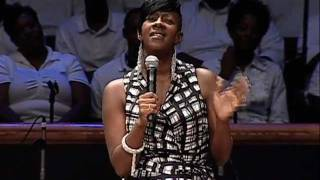 Download Le'Andria Johnson ministers at Mt. Zion Video
