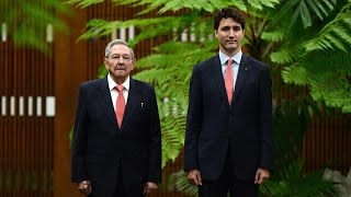 Download Justin Trudeau meets with Raul Castro Video