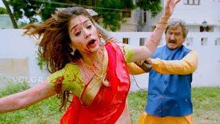 Download Suman Harassing Raai Lakshmi || سومان مضايقة راى لاكشمي Video