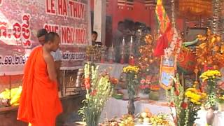 Download Ha Thuy Ghe chuan bi FESTIVAL DUA GHE NGO SOC TRANG 2013 Video