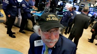 Download U.S. stocks on epic run, and other MoneyWatch headlines Video