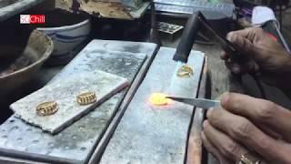 Download Cận cảnh quy trình thủ công làm chiếc nhẫn 2 chỉ vàng Video
