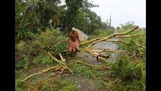 Download Monster cyclone slams northeast India, takes aim at Bangladesh Video