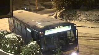 Download Sliding Cars in Seattle Snow on 11/22/10 Video
