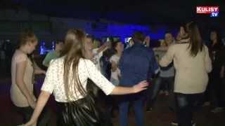 Download Działoszyn. Tak się bawi Gimnazjum w Działoszynie i DJ Kuras. Video