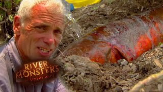 Download Catching A Giant Electric Eel - River Monsters Video