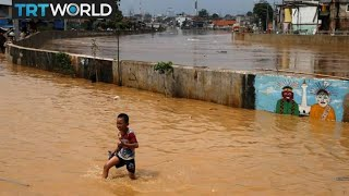 Download Indonesia Sinking: Rising sea levels threaten to flood Jakarta Video