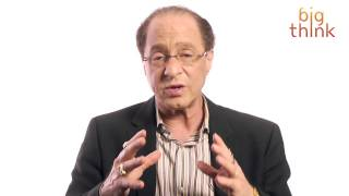 Download Ray Kurzweil: Your Robot Assistant of the Future Video