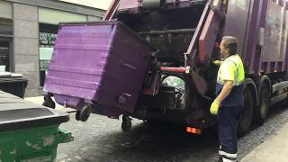 Download Panda/Greenstar Collecting Commercil General Waste Bins Video