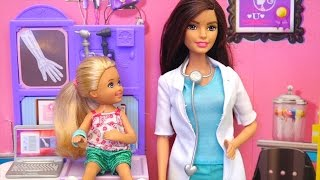 Download Chelsea Breaks Her Arm in the Playground at the Park - Playmobil Playground & Barbie Toys and Dolls Video