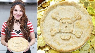 Download PIRATES OF THE CARIBBEAN CHICKEN POT PIE - NERDY NUMMIES Video