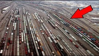 Download यह है भारत के सबसे व्यस्त रेलवे स्टेशन | Top BUSIEST Railway Stations in India Video