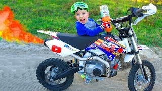 Download Заправил ПитБайк брата ФАНТОЙ...Tucked my brother's pitbike!!! Video