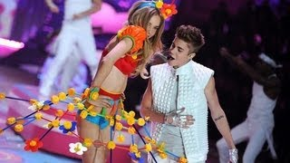 Download Victoria Secret 2012: Justin Bieber - Beauty and a Beat/ As long as you love me LIVE/HD Video
