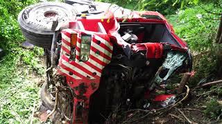 Download Schwerer LKW Unfall auf B181 in Wiesing Video