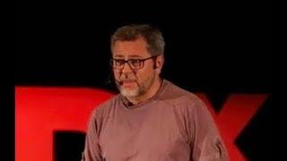 Download A loucura de ser normal | Marcelo Veras | TEDxVoltaRedonda Video