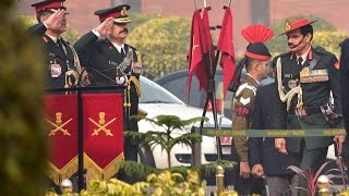 Download Superannuating Army Chief General Dalbir Singh Suhag's Guard of Honour And Address To The Nation Video
