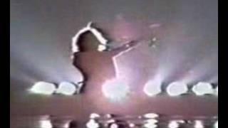 Download Van Halen-Runnin' With The Devil Video